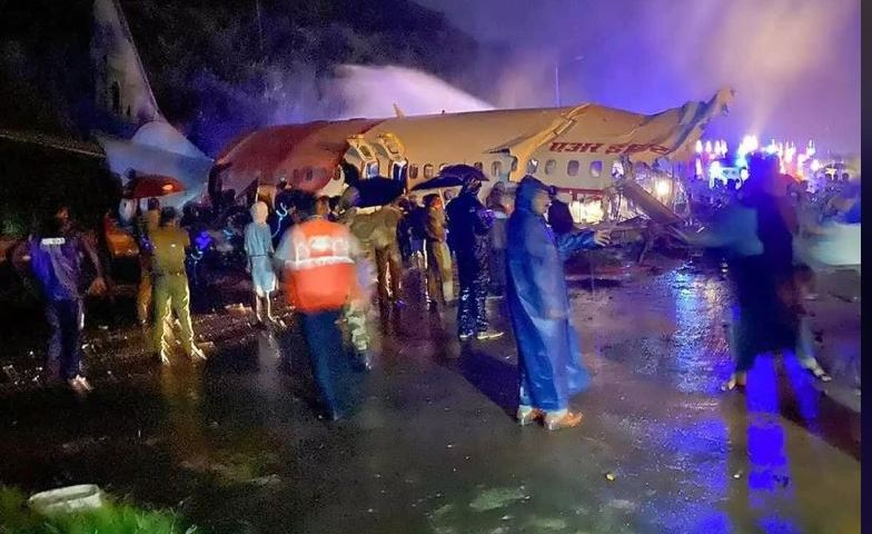 Tragedy:19 Dead As Air India Express Plane Crashes With COVID-19 Returnees