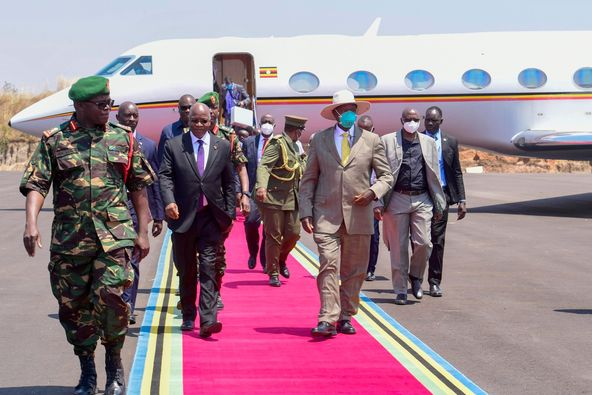 Excitement:Museveni Flies To Tanzania,Inks Fresh Oil Deals With Magufuli After Total Agreement