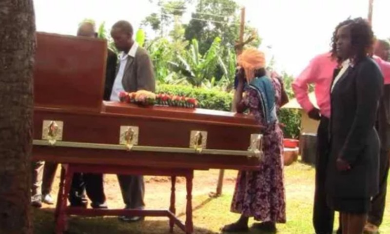 Drama: Woman's Body Rejects Burial After Dying Unhappy With Husband