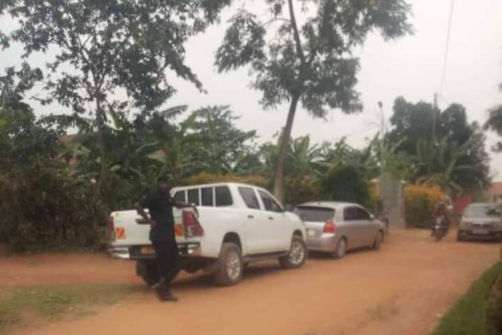 Just In: Police, URA Engulf Bobi Wine's Home To Impound Bullet Proof Car Over 'Tax Evasion'