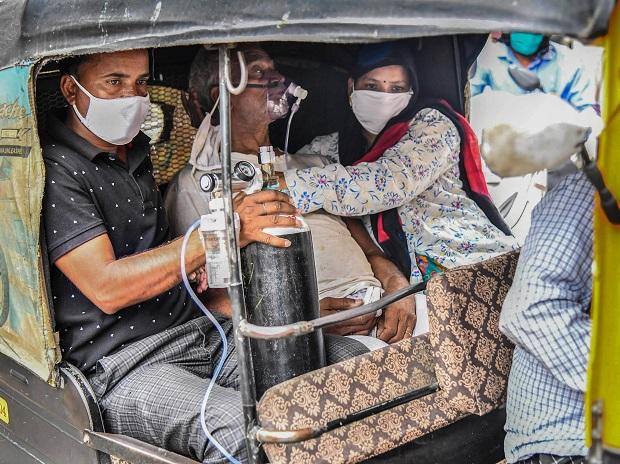 India Records Over 401,326 New cases, 4,187 Deaths Amidst Vaccines, Oxygen Shortage As Authorities Call For National Lockdown