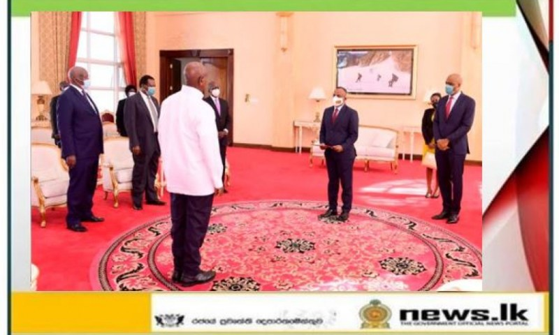 Newly Appointed Sri Lanka High Commissioner Kananathan Meets Museveni, Presents His Credentials