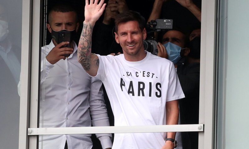 It's Official Now: Messi Signs For Paris St Germain After Decades At Barcelona