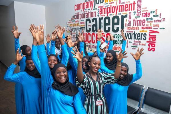 Very Unique Company: Apply For Premier Recruitment's Jobs & Enjoy Dozens Of Privileges