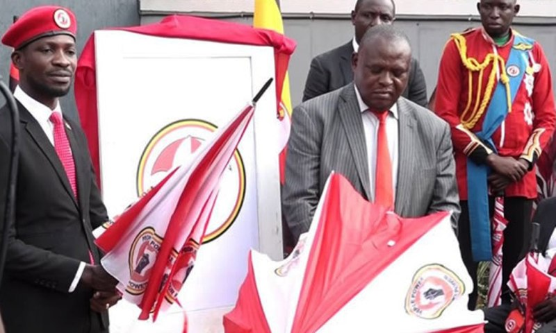 Dirty Poli-tricks! Confused Kibalama Re-Surfaces Again, Now Apologizes For Wasting President Kyagulanyi's Time!
