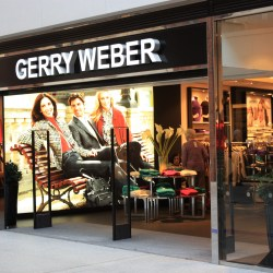 Gerry Weber Belfast_(209),_October_2009