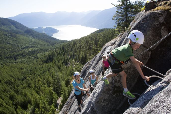 https://i1.wp.com/www.squamishreporter.com/wp-content/uploads/2020/04/climbing-2.jpg?fit=689%2C462&ssl=1