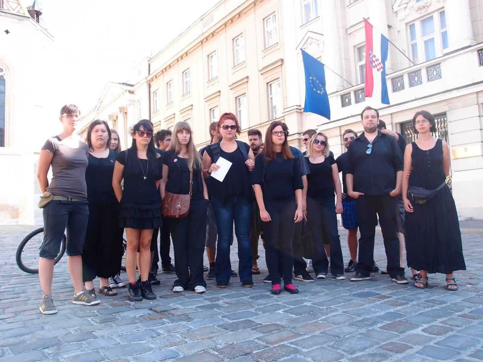 Mreža mladih Hrvatske pred Saborom ukazala na lošu politiku prema mladima