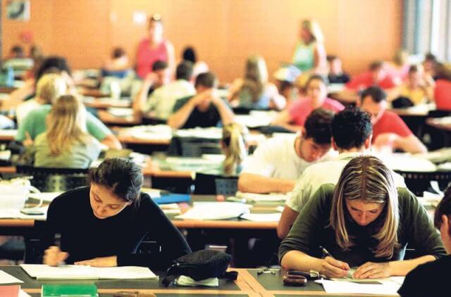 Nerealne ambicije: Hrvati uče malo, a mahom žele na fakultete