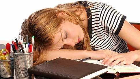 Najzanimljivije činjenice o spavanju za studente i školarce