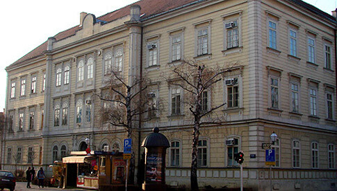 Prva gimnazija Varaždin: Učenici se ocjenjuju od 1 do 7, a ne polažu državnu maturu