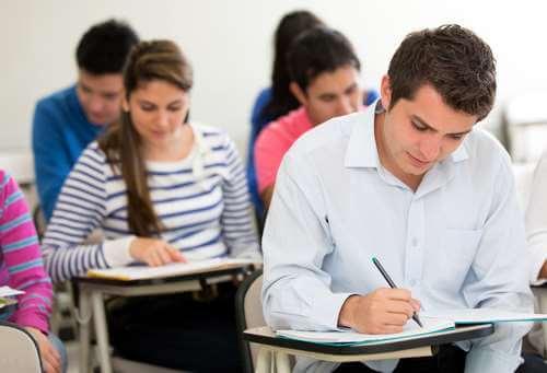 Provjerite u kojim sve zanimanjima morate polagati stručni ispit prije početka rada