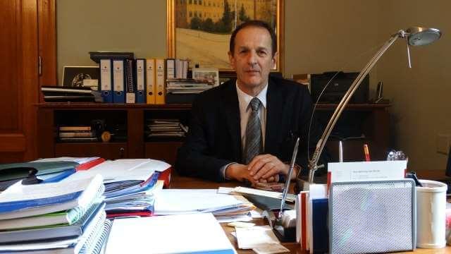 Rektor traži od Vlade da povuče odluku o sanaciji SC-a