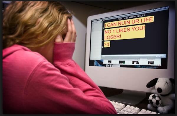 Djevojka osmislila genijalnu i jednostavnu ideju za spriječavanje cybernasilja