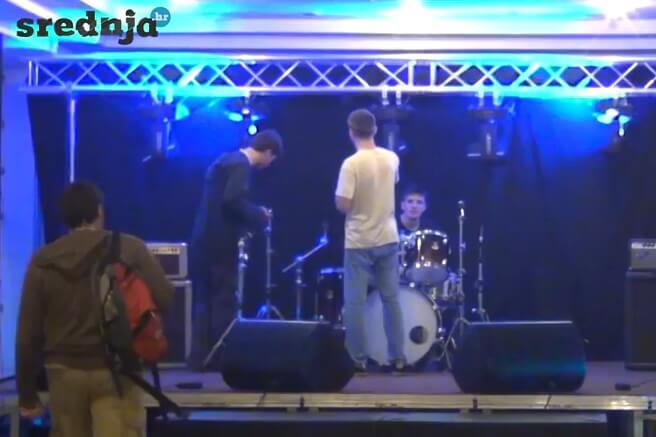 Video: Pogledajte kako su stotine KSET-ovaca pripremali FER za brucošijadu