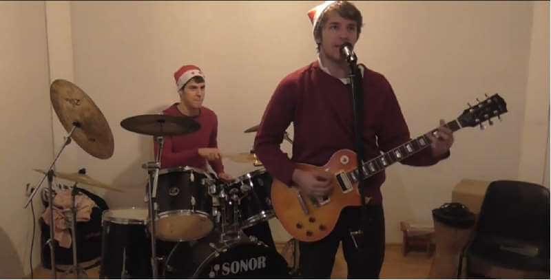 [Video] Studenti Prava snimili urnebesnu božićnu pjesmu