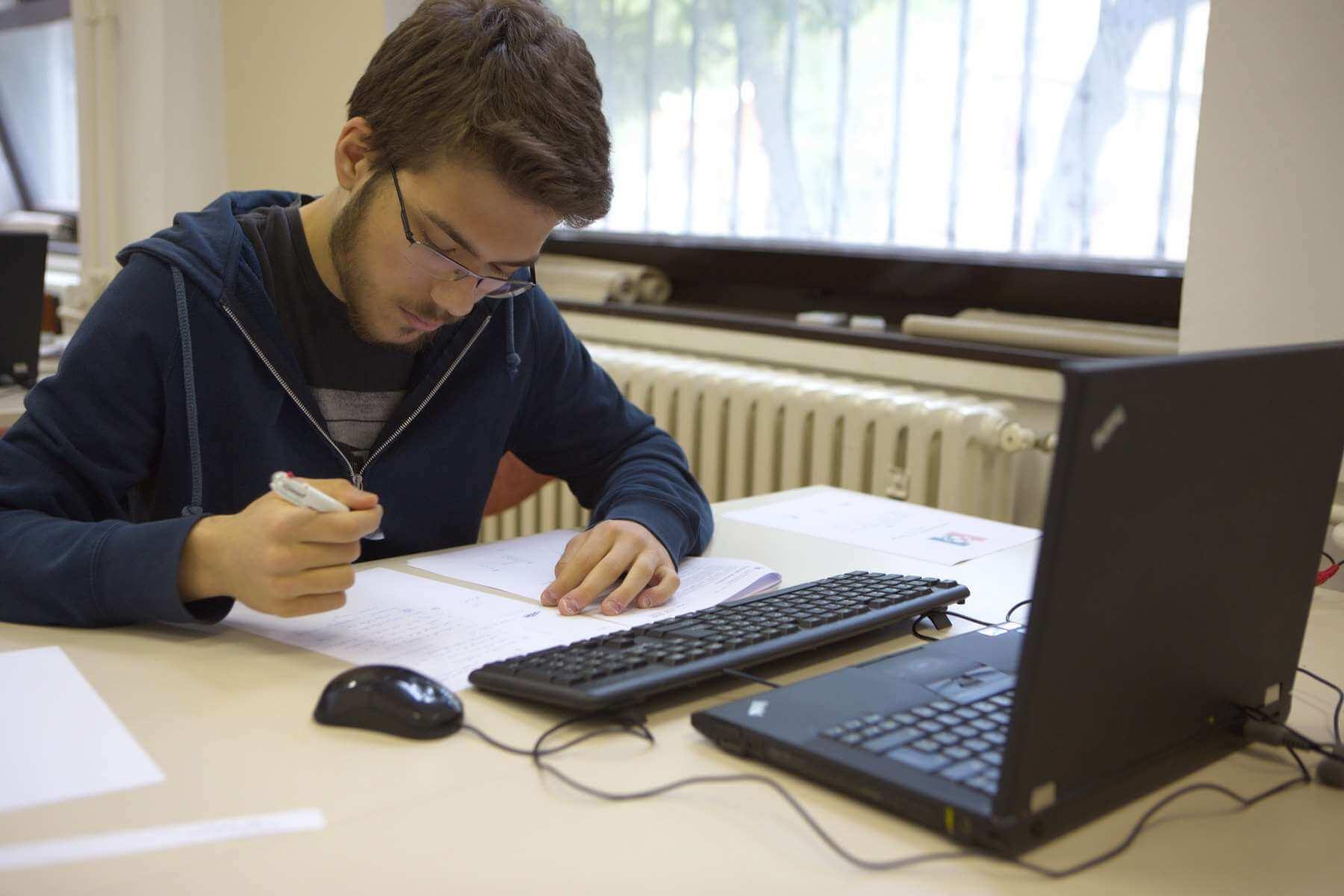 Matematički entuzijast Adrian osvajač je 5 Oskara znanja: Želja mi je upisati prestižni Cambridge