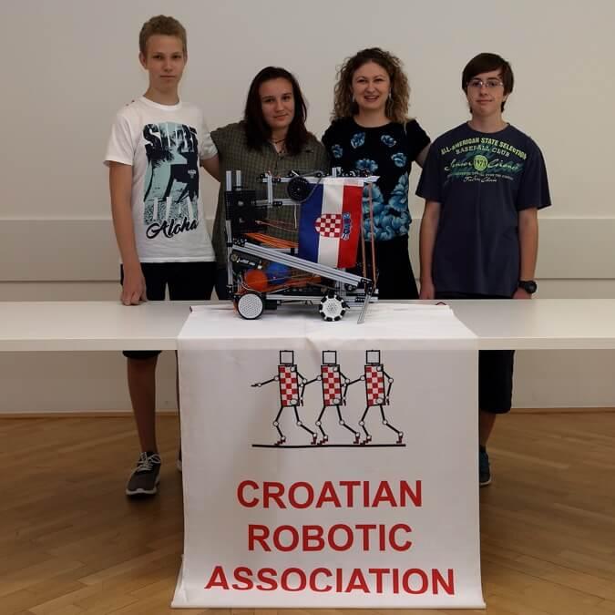 Hrvatski srednjoškolci briljirali na svjetskom robotičkom natjecanju u Washington D.C.-u