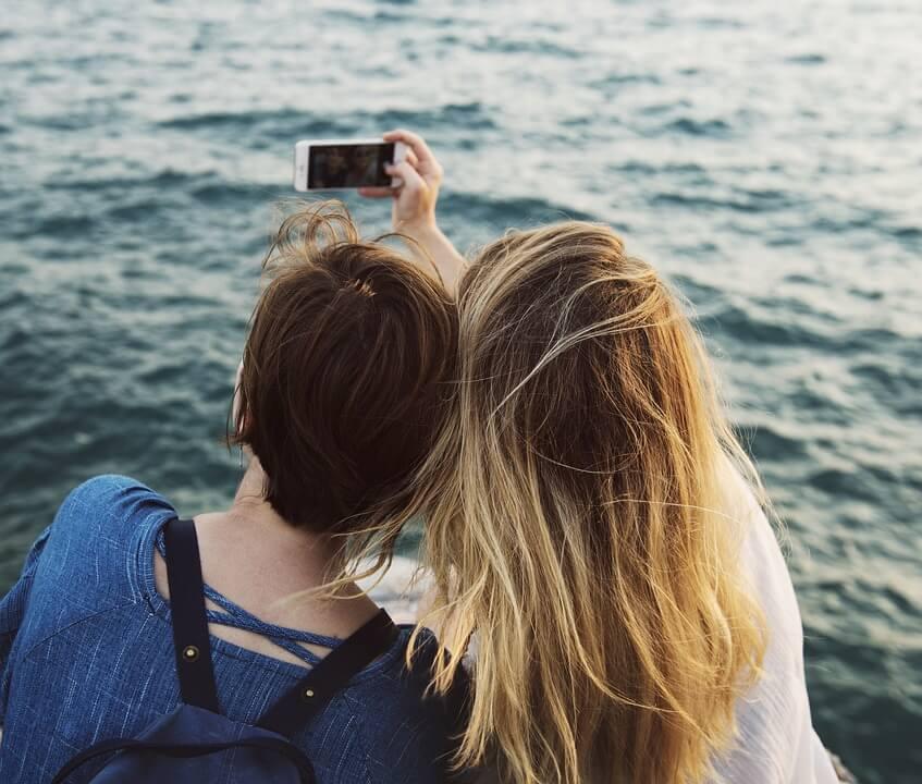 Ne možete osmisliti opis svoje genijalne fotke za Instagram? Postoji jednostavan alat koji će to učiniti umjesto vas