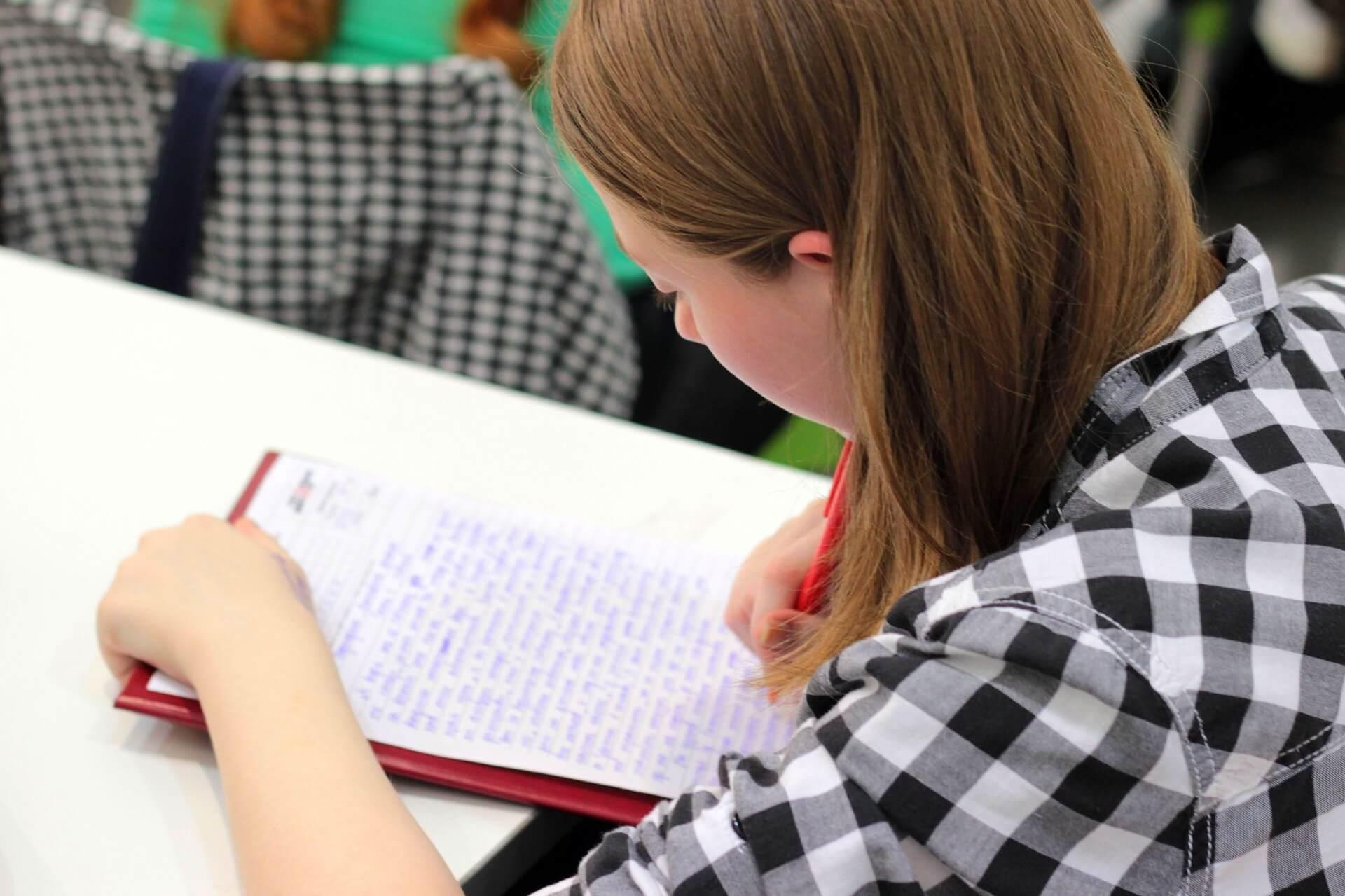 Pogledajte kako se tisuće učenika preko praznika priprema za testove