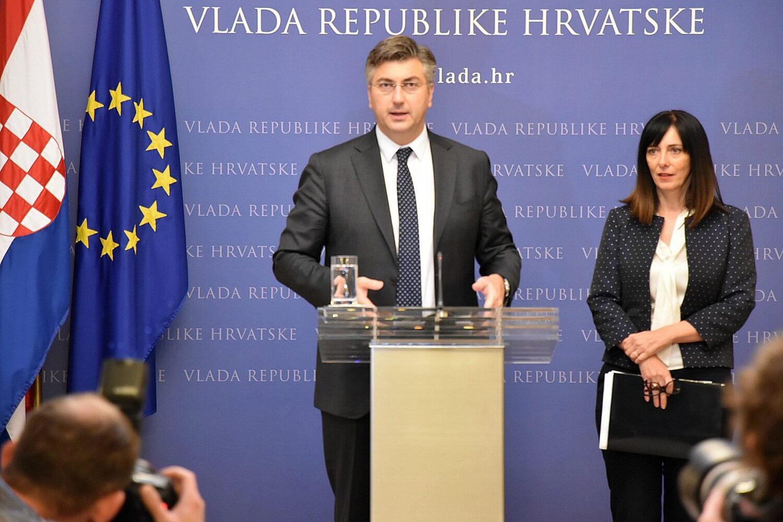 Propast krunskog projekta Plenkovića i Divjak: Obvezna informatika od ponedjeljka gola, bosa i praznih ruku