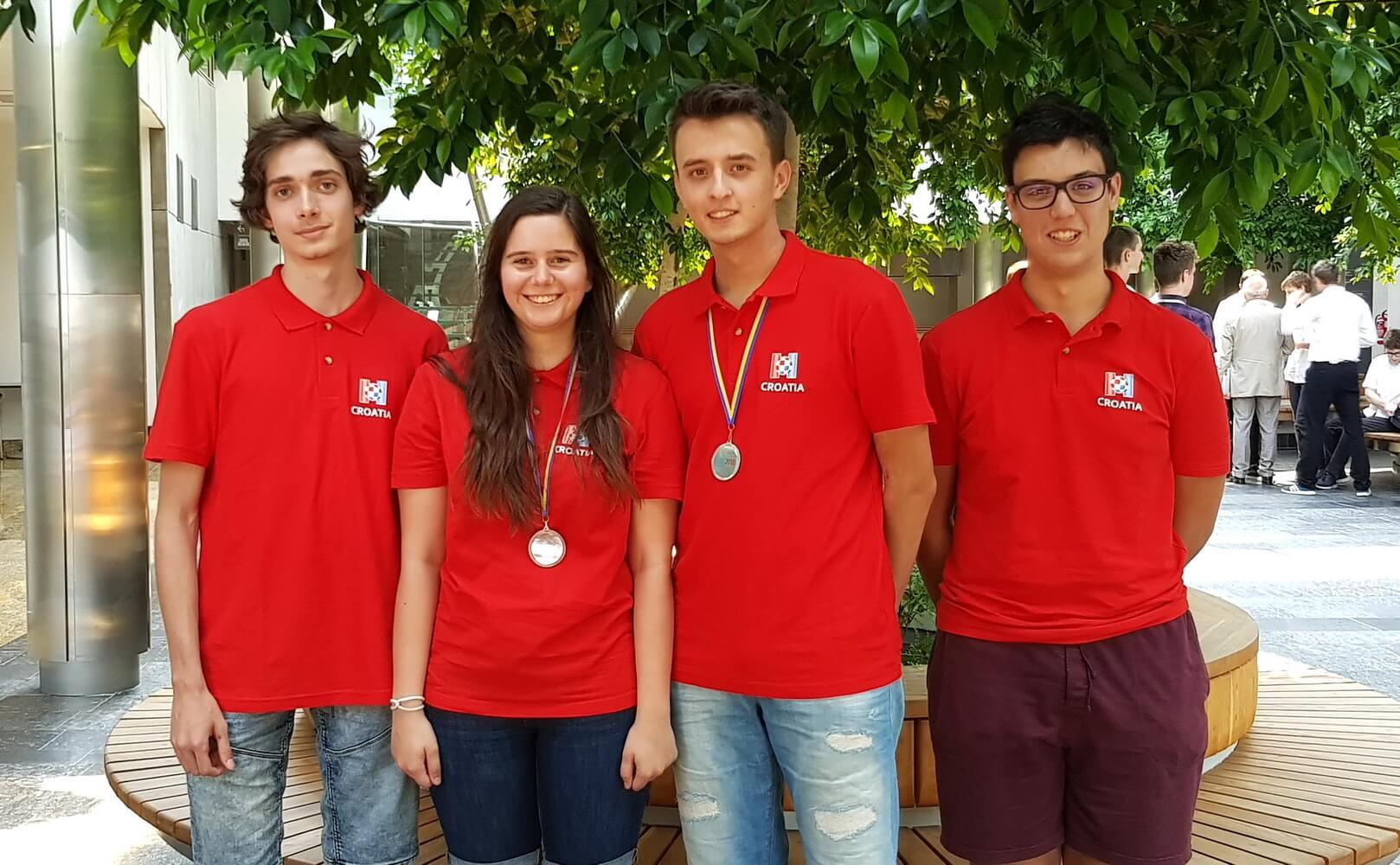 Mladi informatičari ne prestaju nizati uspjehe: Na olimpijadi osvojili srebrnu i brončanu medalju