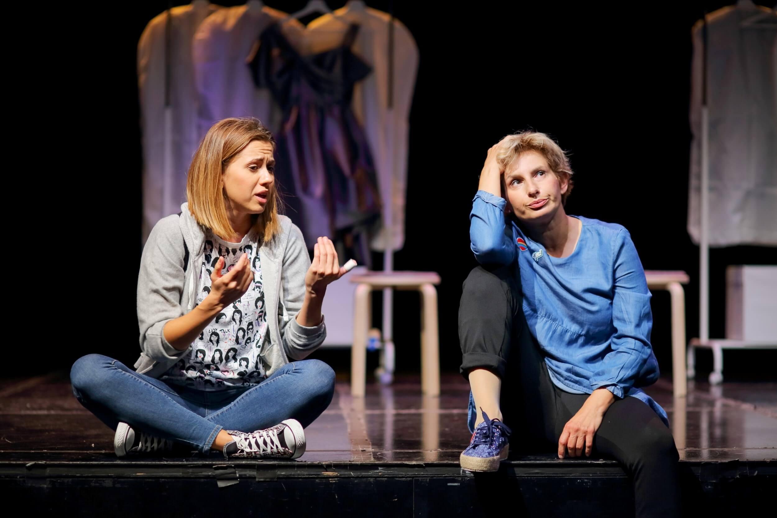 'Dvije crte plavo': Na kazališnim daskama o problemima tinejdžerske trudnoće