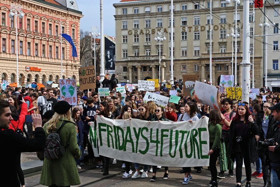 Učenici ponovno izlaze na ulice: Sprema se još jedan veliki prosvjed za klimu