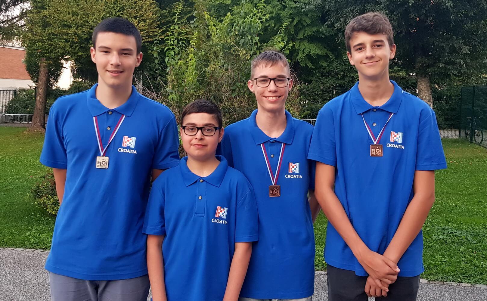 Mladi informatičari odnijeli srebro i dvije bronce na Europskoj juniorskoj informatičkoj olimpijadi