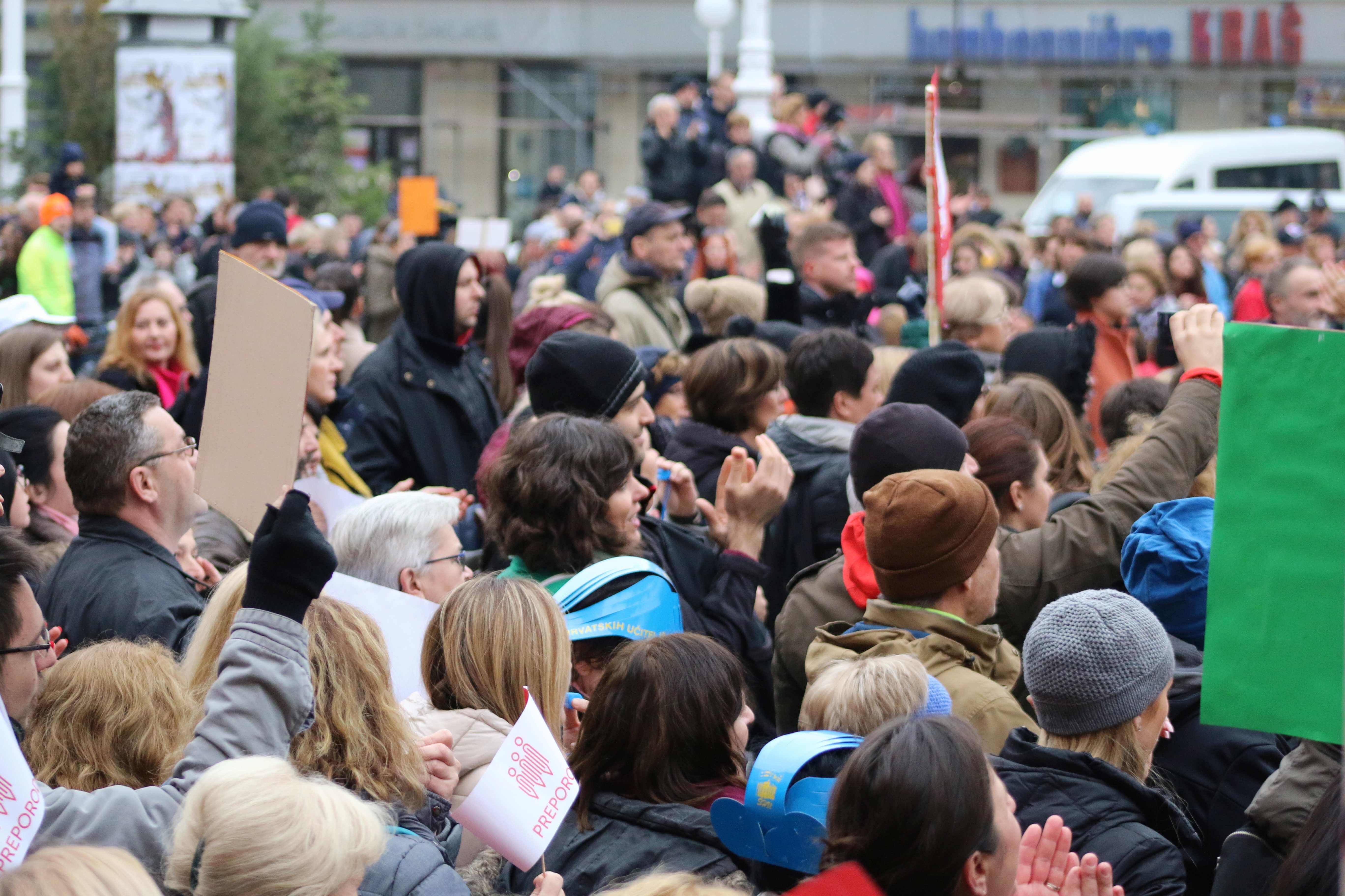 Nastavnici danas prosvjeduju u Zagrebu, Fuchs: 'Zahtjevi prilično upitni i problematični'