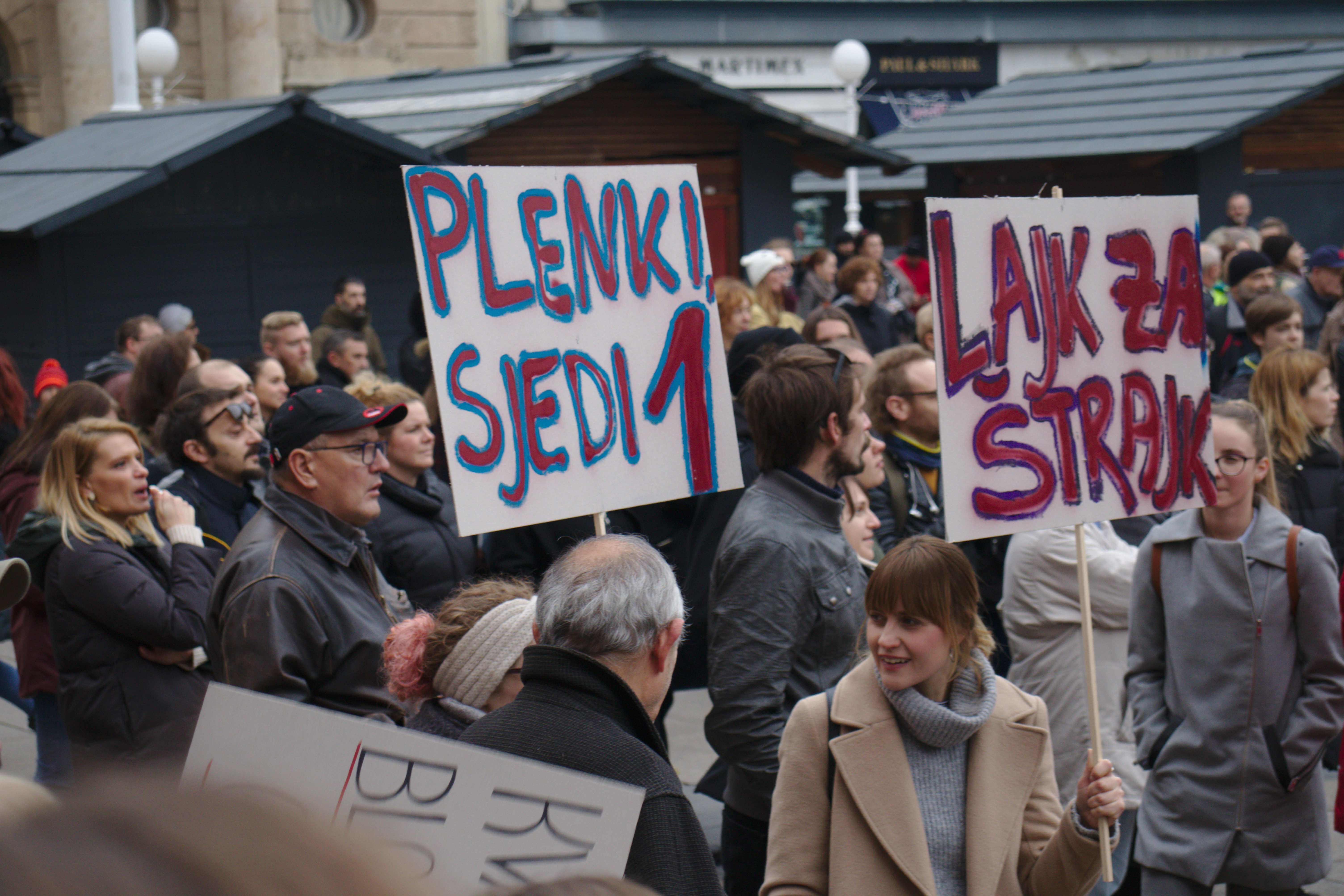 Prokužili Plenkija: I učenici se narugali konačnoj ponudi Vlade štrajkašima