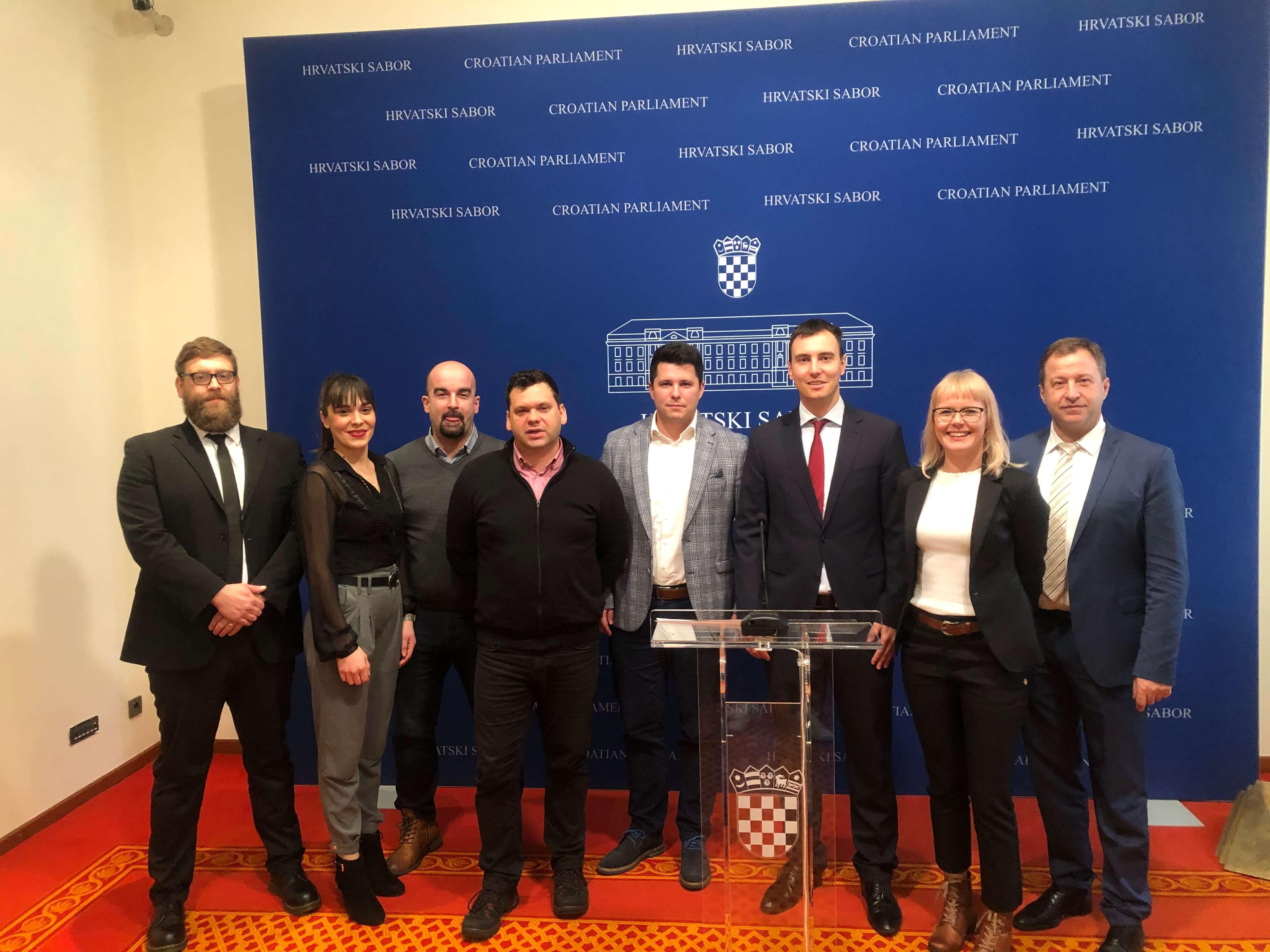 Nova politička suradnja u Saboru: Traže bolji položaj mladih u Hrvatskoj i smanjenje dobne granice za izbore