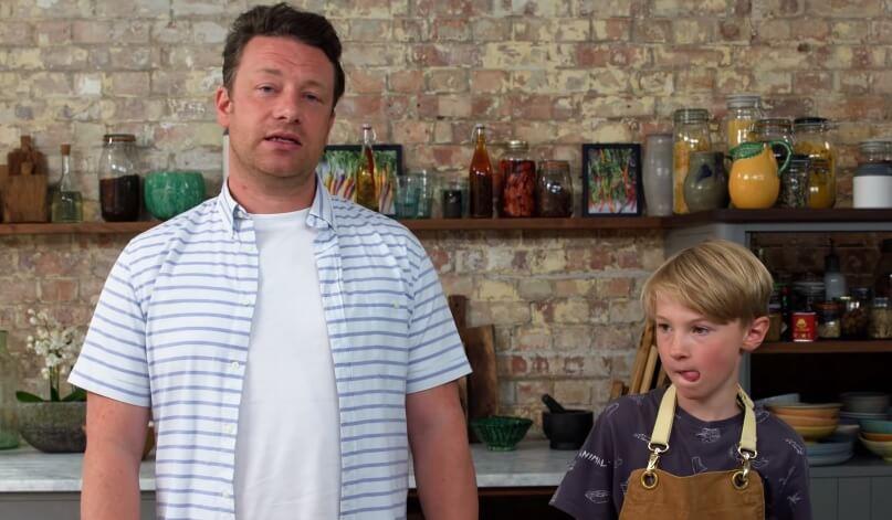 Najpoznatiji kuhar svijeta preko Instagrama traži pomoć u rješavanju zadaće: 'Ovo je za 9-godišnjake?!'