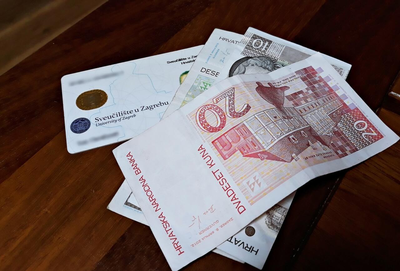 Izašla lista novih dobitnika državne stipendije od 10.800 kuna za posebne skupine studenata