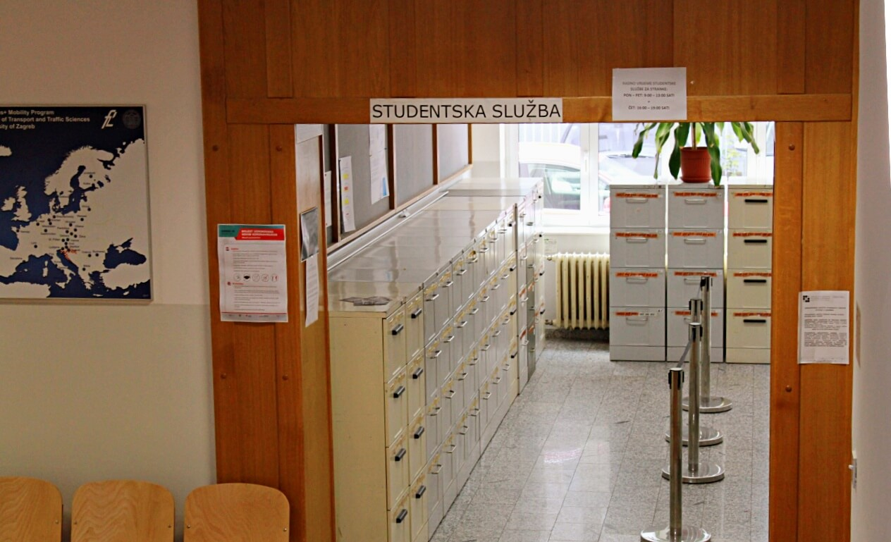Podsjećamo da, iako su referade zatvorene, možete do potvrda o studiranju – online