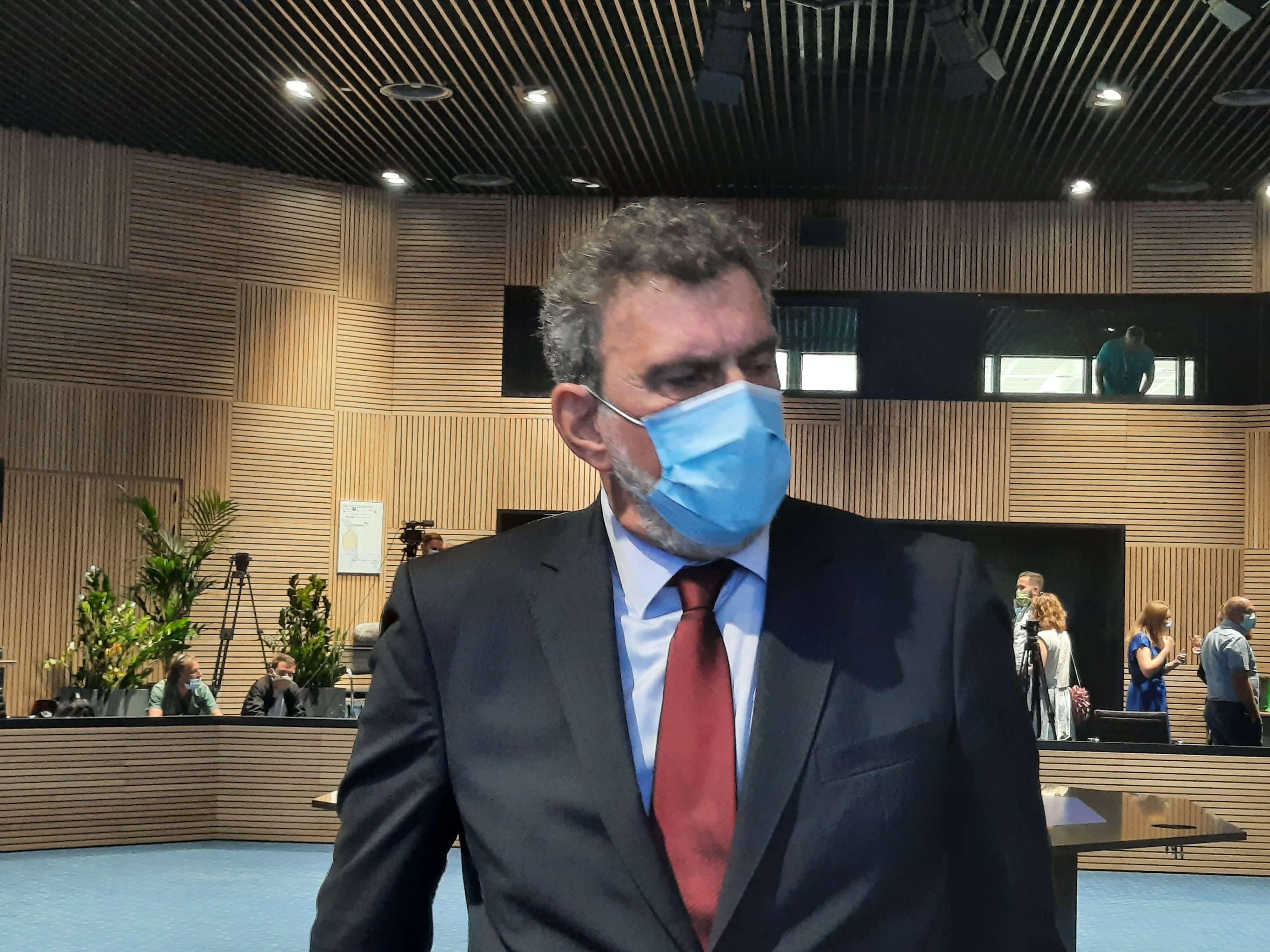 Ipak ne trebamo brinuti za ministrovo zdravlje: Fuchs je negativan na koronu