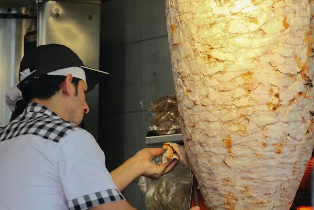 Ništa od odlaska na kebab nakon kasnog izlaska: Od danas na snazi nova mjera za ugostiteljske objekte