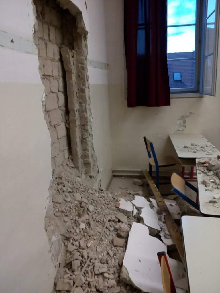 Jučerašnji potres dodatno oštetio zagrebačku školu, dio učionica ne mogu koristiti u drugom polugodištu