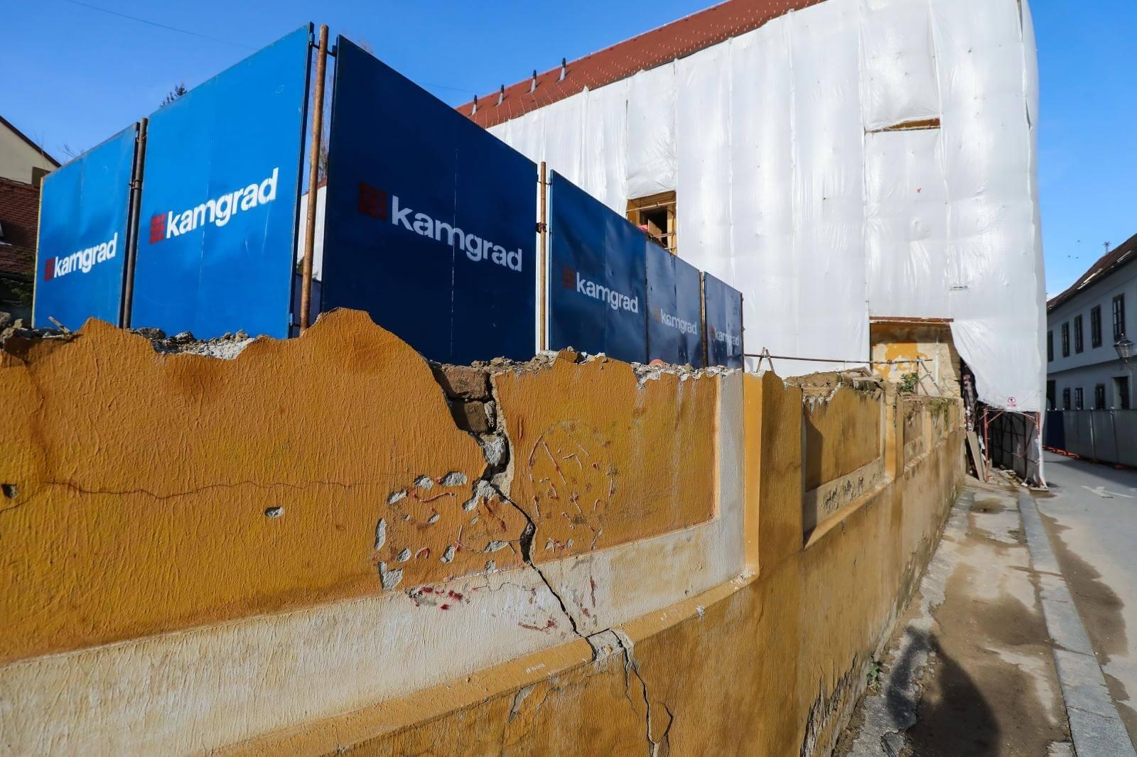 Obnavlja se zagrebačka škola razrušena u ožujku: Uklonjen i jedan od poznatijih simbola potresa