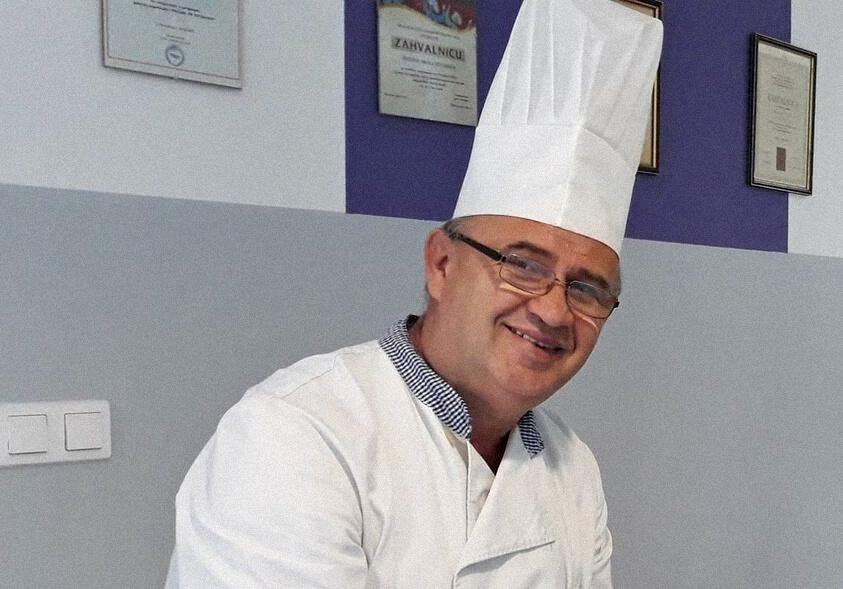 Profesor iz Pitomače otišao kuhati za unesrećene u Petrinji i okolici: 'Neizmjerno smo ponosni na našeg kolegu'