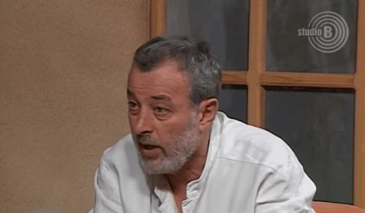 Čuveni srpski profesor glume optužen za silovanje više učenica: 'Imala sam 17, a on 61′