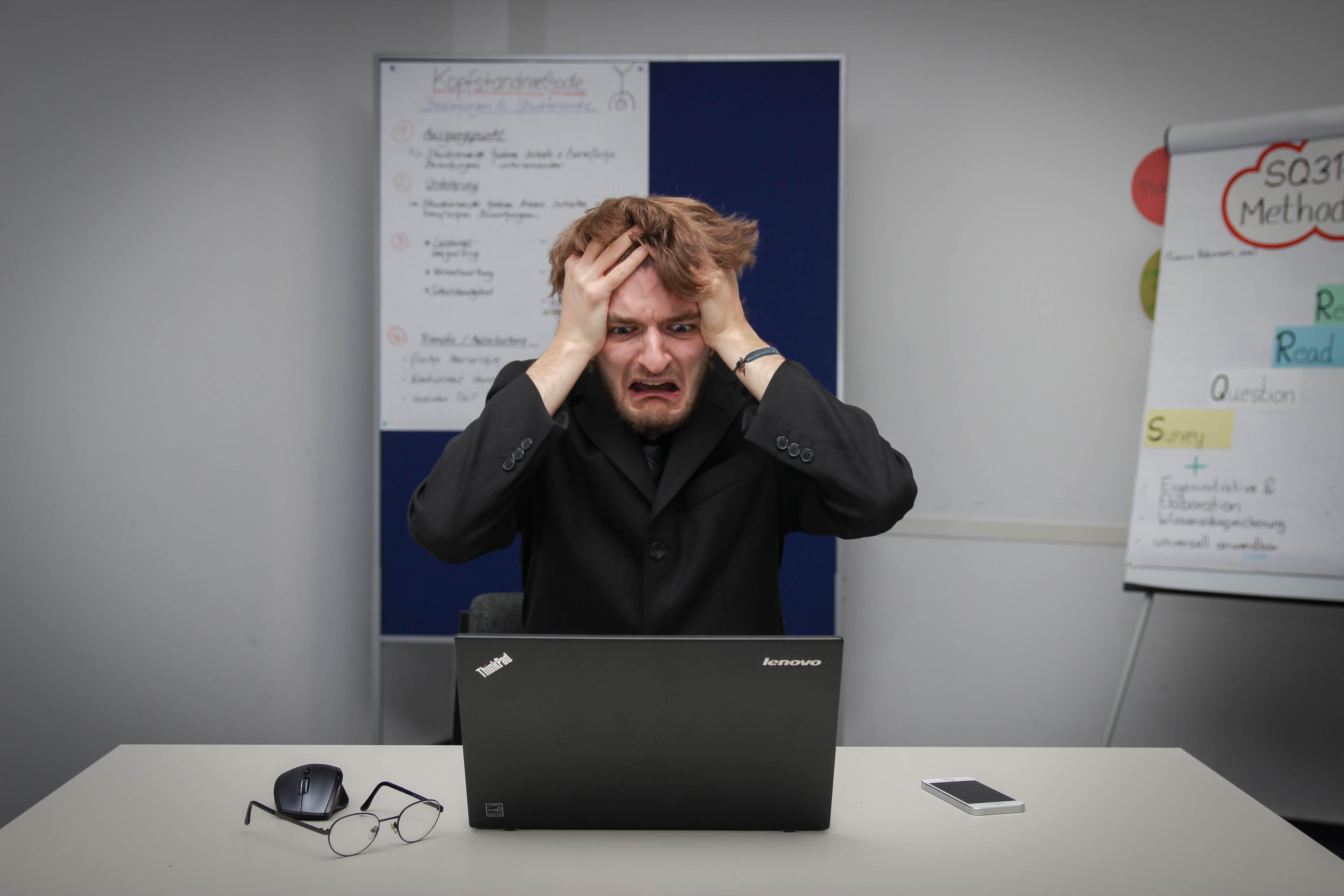 Nastavnici u mukama: Trikovima na Zoomu učenici izbjegavaju online nastavu