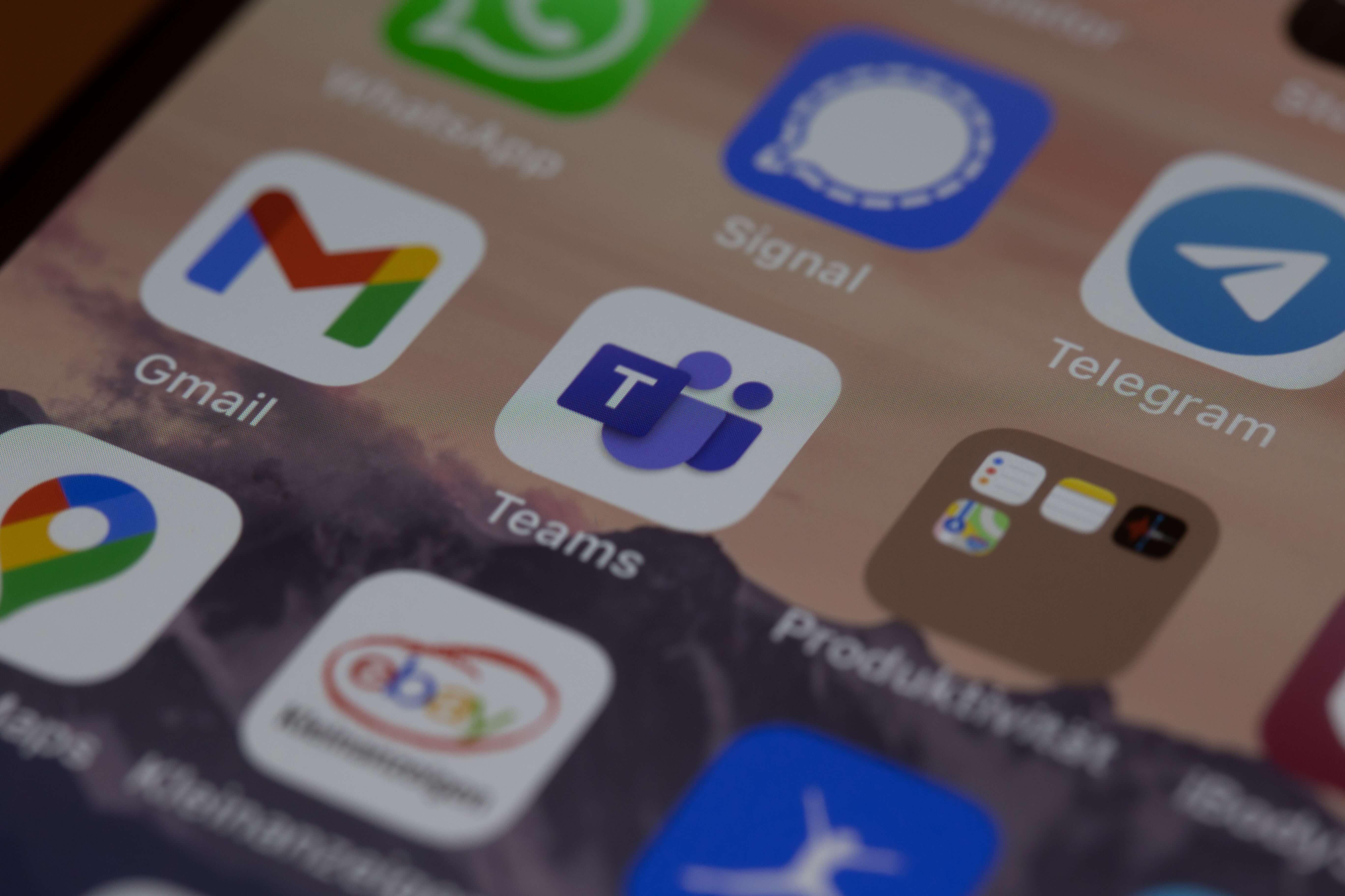 Ne trebate biti dostupni 0-24: Evo par savjeta kako spriječiti ovisnost o društvenim mrežama