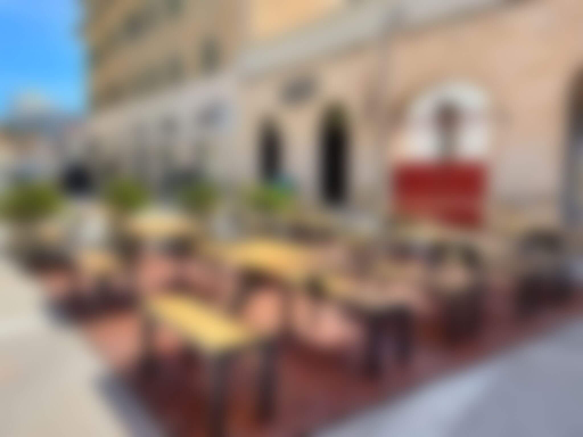 Idealno mjesto za ručak i kavu: Menza otvorila terasu u centru, studenti će uživati na suncu