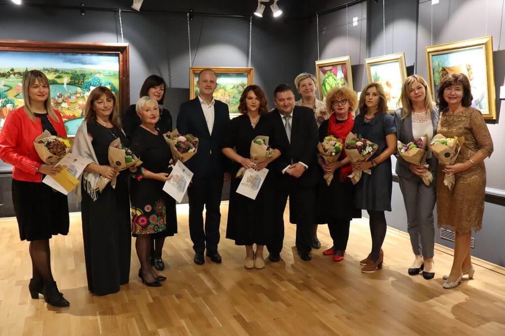 Hrvatski grad uveo nagradu za najbolje učitelje, njih pet dobilo je po 2.000 kuna