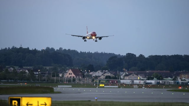 Airplane takes off at Zurich Airport