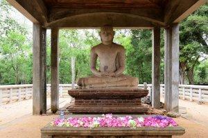 Anuradhapura ancient city unesco heritage site sri lanka