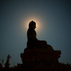 Sri Lanka Full Moon Poya Day - Duruthu   Sri Lankan Riders