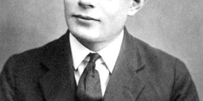 Alan-Turing-16