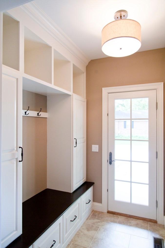 custom spec home mud room design